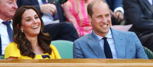 Kate Middleton y el príncipe William disfrutando la final de Wimbledon