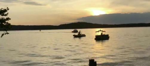 EE.UU. / Un naufragio en Missouri deja 11 fallecidos y varios desaparecidos