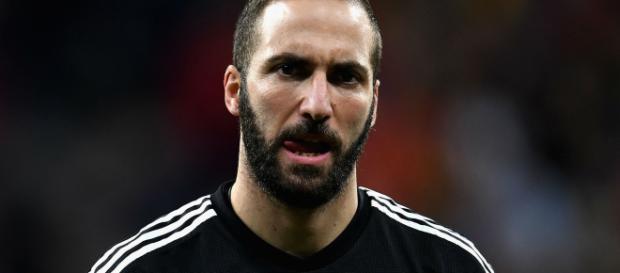 La Juventus espera la oferta del Chelsea por Higuaín (Rumores)