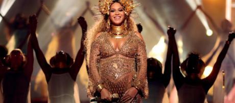Beyoncé revela que el embarazo de sus gemelos fue de alto riesgo