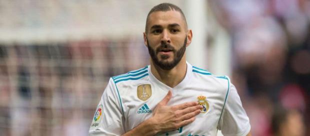 Karim Benzema refuse de parler d'un départ du Real durant ce mercato estival.