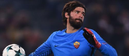 Calciomercato Roma, Alisson ha raggiunto l'accordo con il Liverpool