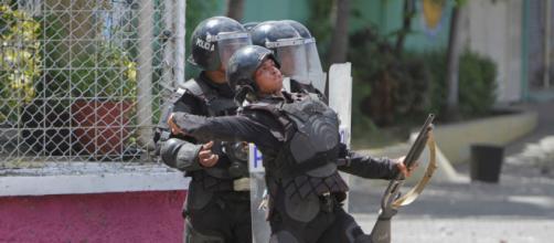NICARAGUA / La comunidad internacional rechaza la represión violenta de Ortega