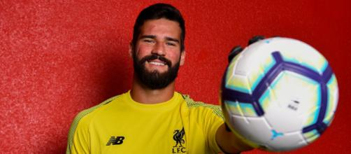 El Liverpool se muestra activo en el mercado de fichajes y paga 75 M€ por Alisson Becker