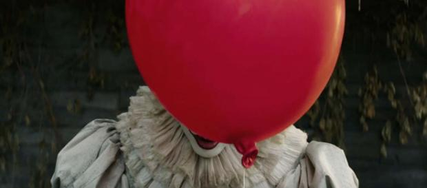 Bill Skarsgard discussed his role as Pennywise while acting with an adult Losers' Club. [Image Warner Bros. Pictures/YouTube]