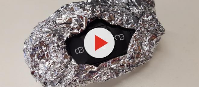 Envolver as chaves automáticas do carro em papel alumínio pode evitar transmissão de dados