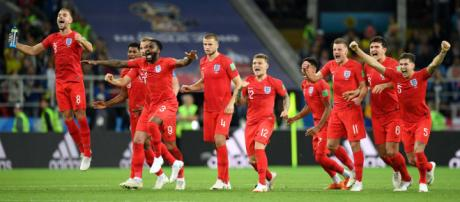 Inglaterra a cuartos de final tras eliminar a Colombia en la tanda de penales