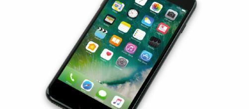 Anticipazioni Apple iPhone X Plus, nuove immagini ci mostrano il dispositivo dell'azienda