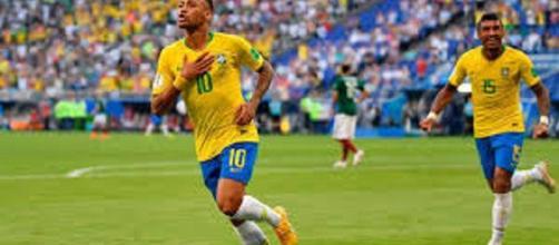 Mundial de fútbol: Brasil inscribe su nombre en cuartos de final