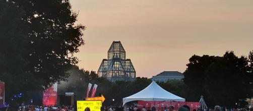 Canada Day 2018 in Ottawa; an hour before the fireworks. - [Image via Charity Morren | Own Work]