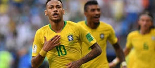 Neymar aparece y Brasil derrota a México 2 goles a 0