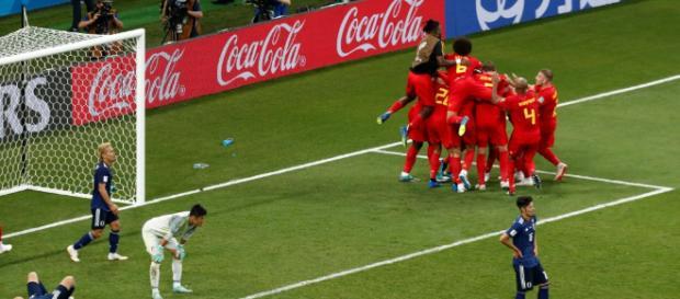 En el último minuto, Bélgica venció a Japón y se metió en cuartos