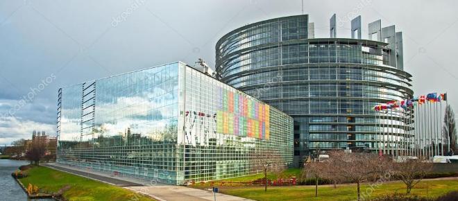 Internet libero o regolamentato: nuovo capitolo infuocato in Europa
