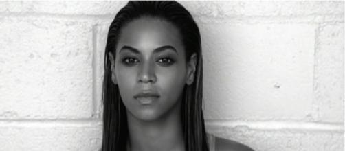 Beyoncé [Imagem via YouTube/ VEVO]