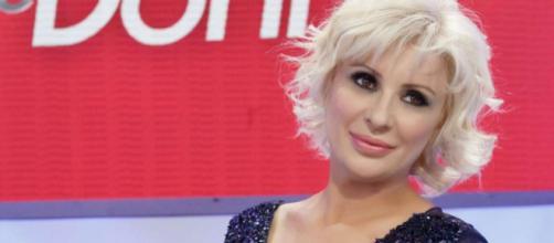 Gossip U&D: Tina Cipollari starebbe col ristoratore Vincenzo dopo il divorzio dal marito.