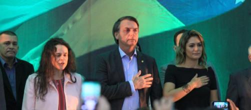 Na convenção, Janaína Paschoal discursa e não agradou muitos seguidores de Bolsonaro (crédito: internet)