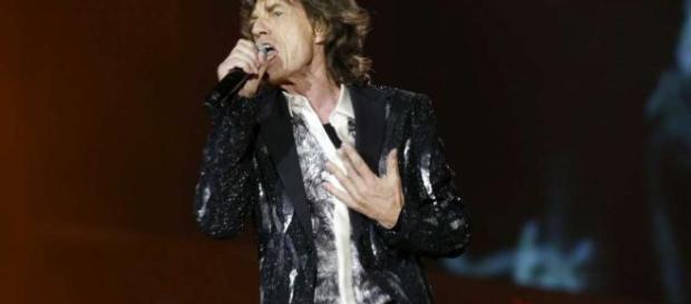 Rolling Stones, Mick Jagger è tornato sul palcoscenico dopo il ... - mediaset.it