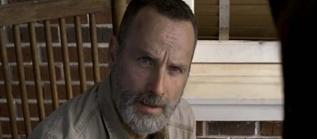 Andrew Lincoln who plays Rick Grimes is officially leaving the show in season 9. [Image TV Guide/YouTube]