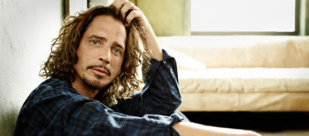 Over a year since his passing a statue of Chris Cornell is to be erected in his honour. image - blogspot.com
