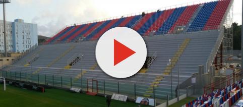 """La Curva Sud dello Stadio Comunale """"Ezio Scida"""" - Crotone"""