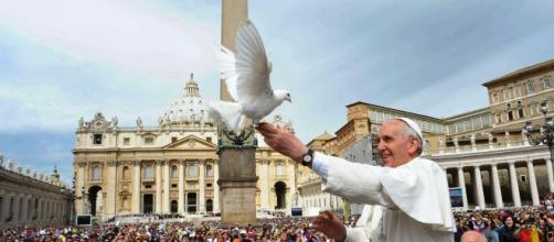 Vinci l'indifferenza e conquista la pace.