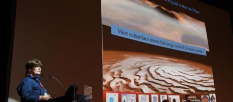 Un lago de agua líquida se esconde bajo la superficie de Marte. - com.ni