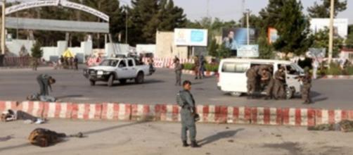 Se produce un atentado que se lleva 15 vidas tras la llegada de Dostum en Kabul