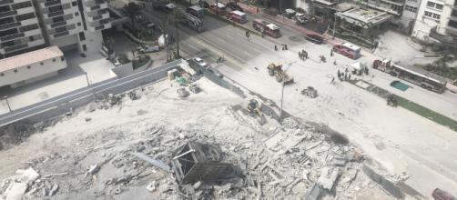 EE.UU./ Se desplomó un edificio que iba a ser demolido en Miami Beach dejando 1 herido