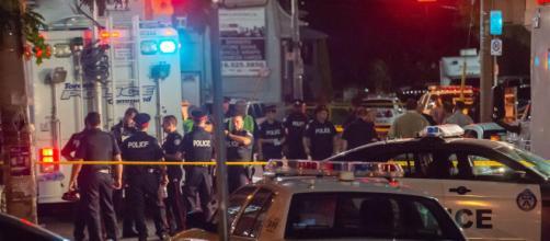 CANADÁ / 3 fallecidos y 12 heridos tras un tiroteo en Toronto
