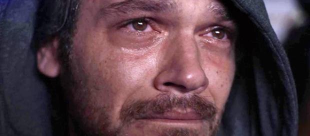 Beto fica triste ao ser trocado por Remy. (Foto: Divulgação TV Globo)