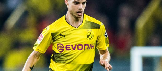 Julian Weigl, the key to Borussia Dortmund's success | bundesliga.com - bundesliga.com