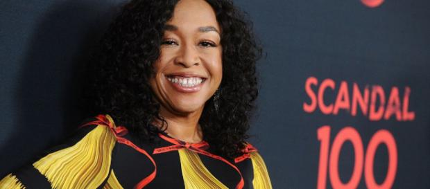 Shonda Rhimes presenta sus 8 proyectos en desarrollo en Netflix