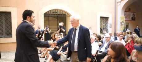 arrivo del sindaco Umberto De Augustinis