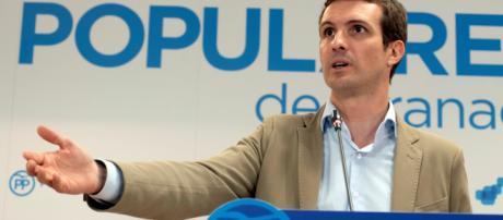 Javier Arenas augura un futuro a Pablo Casado muy corto al frente del PP