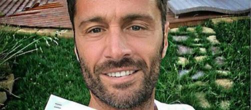Filippo Bisciglia si racconta in un'intervista: 'Quando ero piccolo ho avuto una malattia'