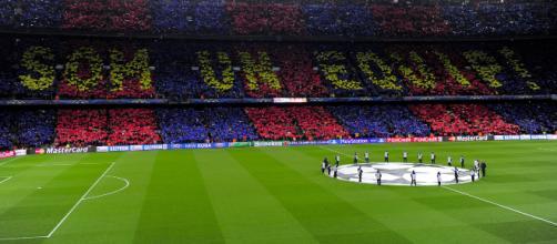 Il Camp Nou di Barcellona, formato Champions (Panorama)