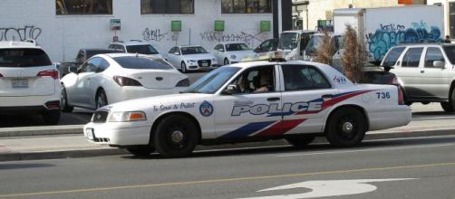 Toronto Police Services vehicle (Image courtesy – PvOberstein, Wikimedia Commons)