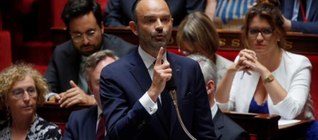 Affaire Benalla : avec fermeté ou ironie, Edouard Philippe répond ... - lejdd.fr