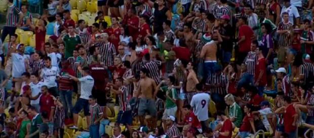 Torcida do Fluminense deve lotar o Maracanã para jogo contra o Palmeiras (Foto: Globoesporte)