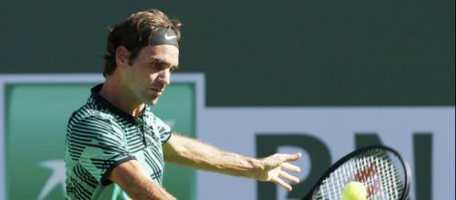 Comment Roger Federer a trouvé le parfait équilibre - Tennis Magazine - tennismag.com