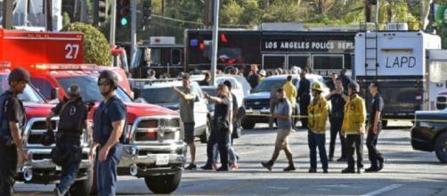LOS ÁNGELES / Una mujer es asesinada en medio de un tiroteo en un supermercado