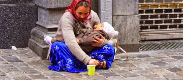 Bambina rom colpita alle spalle da un piombino