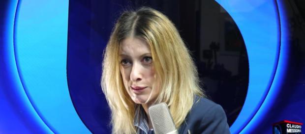 Francesca Totolo, l'autrice della fake news su Josefa- gloria.tv