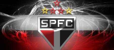 Flamengo tropeça e pode ceder a liderança para o São Paulo