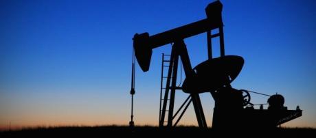 El rey Juan Carlos I cobraba comisiones del 20% del petróleo del Oriente Medio