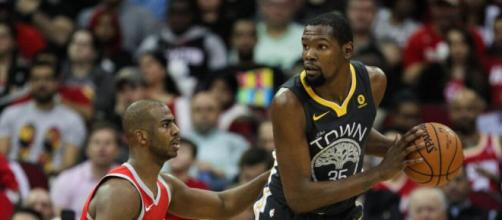 Kevin Durant has yet again been the target for criticism over his move to Golden State. image- fanragsports.com