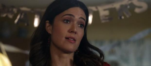 Mandy Moore plays Rebecca Pearson in the show. - Image - This Is Us channel | YouTube