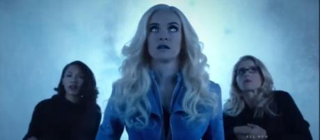 Danielle Panabaker reprises her role as Caitlin Snow and Killer Frost in 'The Flash' [Image Credit: Trailerz world/YouTube screencap]