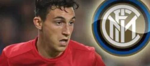 Inter, Biasin: 'Atletico e M.United hanno aperto al prestito per Vrsaljko e Darmian'
