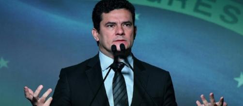 Juiz Sérgio Moro ameniza possível discussão ministrada em Fórum Estadão, em São Paulo.